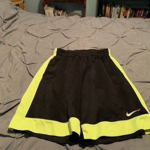 NIKE Men's Neon Yellow Basketball Shorts. Size Med